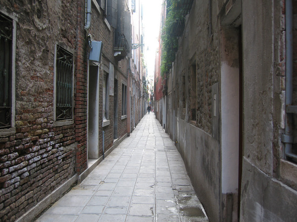 VeniceStreet.jpg